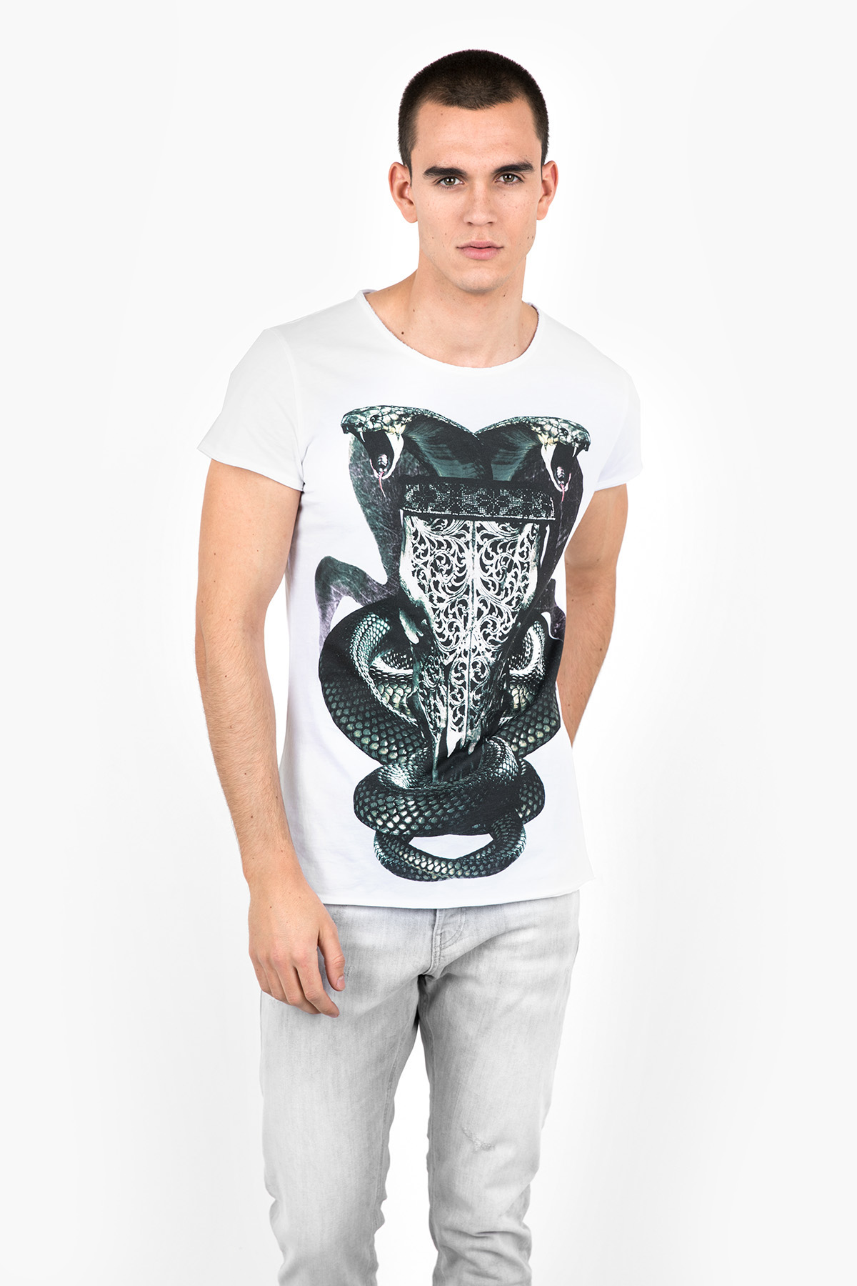 Clearance Visit New T-Shirt Snake Bull MSN white Tigha Authentic Cheap Price Largest Supplier Sale Online Perfect For Sale The Cheapest Cheap Price u0yc285EB